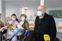 Денис Проценко посетил Челябинский областной инфекционный центр